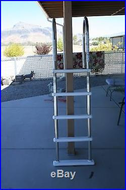 POOL LADDER FOR ABOVE GROUND POOLS LOCAL PICKUP IN PAHRUMP, NV
